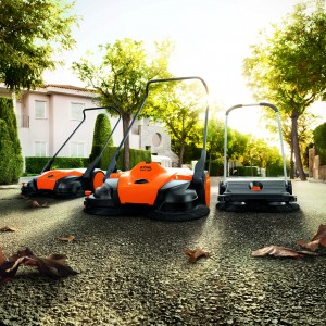 A CLEAN SWEEP FROM STIHL : A trio of new floor sweepers extends the STIHL cleaning range.