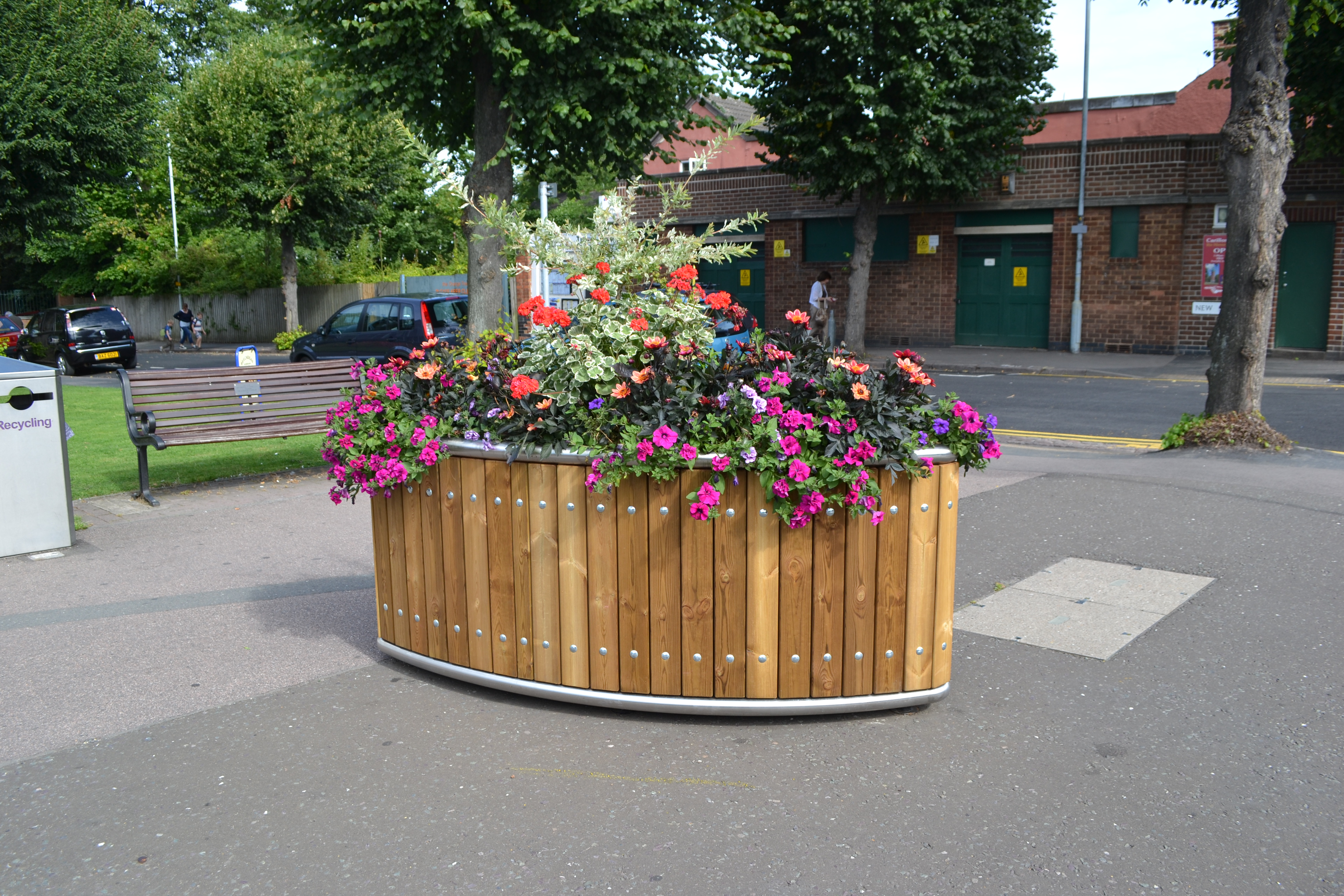Street Design – Supplying Elliptical Planters for their Local Town Centre