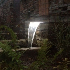 Illuminated water blade cascade