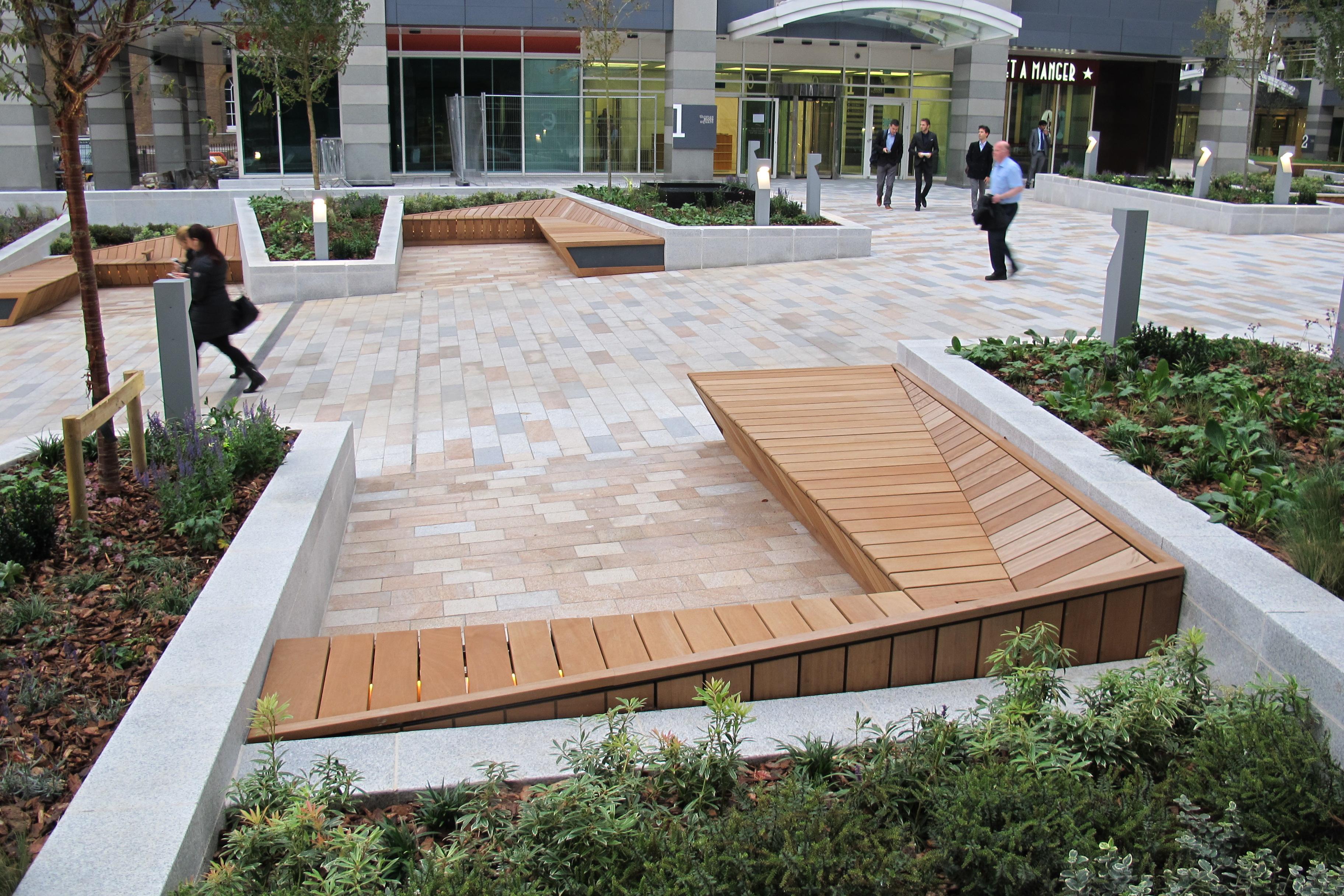 Stunning bespoke seating enhances public realm at Thomas More Square, London