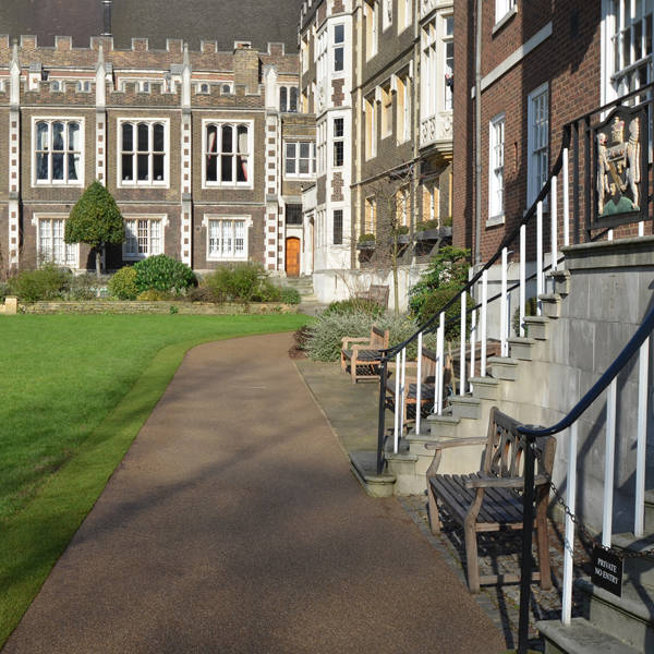 Clearstone® Practical modern paving for historic Middle Temple