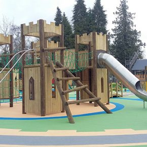Wicksteed Playgrounds Builds Castle-Inspired playground in Scotland!