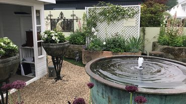 J's Garden Antiques – individual, inspirational, characterful