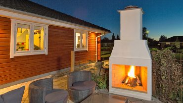 THE OUTDOOR FIREPLACE – HEATING AND LIVING WITH THE SCHIEDEL ISOKERN GARDEN FIREPLACE