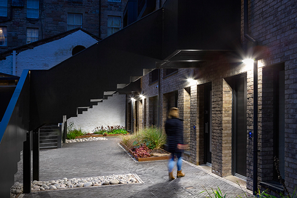 Thorn's versatile luminaires create well-lit spaces at King's Stables Road, Edinburgh