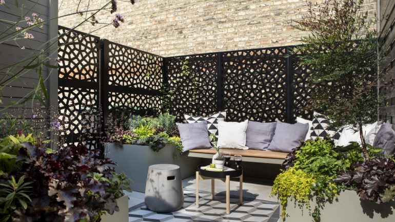 Practical and Chic Urban Garden